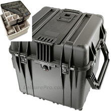 Pelican 0340 Cube Case with Padded Divider