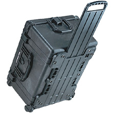 Pelican 1620 Watertight Hard Roller Case with Pick 'N Pluck Foam - Black